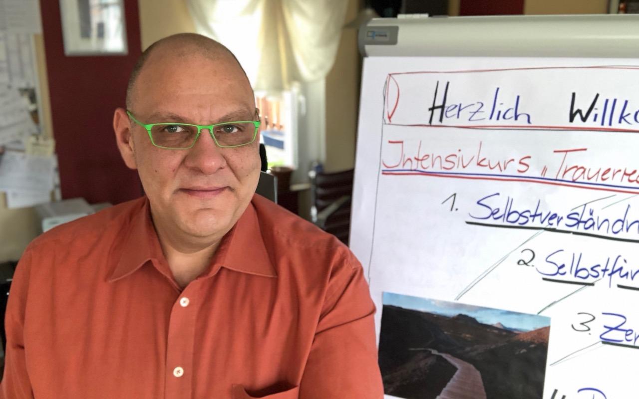 Trauerrednerausbildung, Carsten Riedel CR Trauerredner, CR Seminare