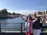Trauerredner Werden - Einzelcoaching, Carsten Riedel Und Teilnehmerin Gina Am Alten Strom Nach Bestandener Ausbildung